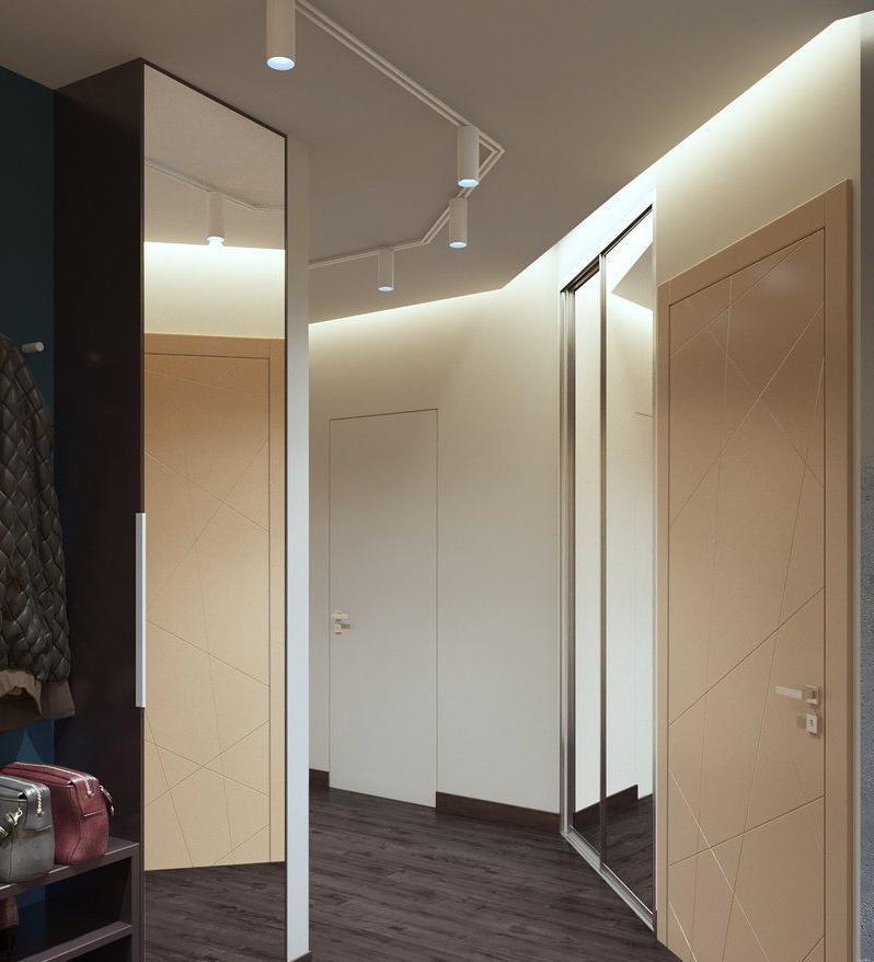 Пример освещения коридора трековыми светильниками